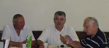 Predsjednik Odbora policije SDLSN Mirko Bošković s predsjednikom Ihasom i voditeljem pravne službe Vukovićem - uskoro i kao član profesionalnog tima Sindikata