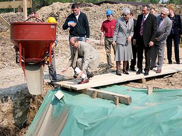 Gradonačelnik Škrgatić položio je kamen temeljac za novu zgradu