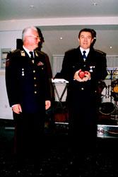 Teodor Fricki (lijevo), predsjednik Hrvatske vatrogasne zajednice