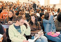 JL260207_studenti
