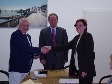 SLAVONSKI BROD: Potpisan Kolektivni ugovor za zaposlene u gradskoj upravi