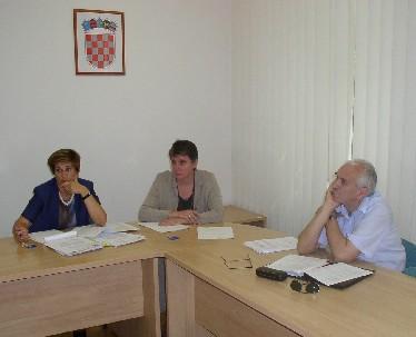 Ravnateljica Crnković-Pozaić i sindikalni povjerenik Milan Hrboka - zaposlenici HZZ-a uspjeli se dogovoriti tek u Uredu za socijalno partnerstvo