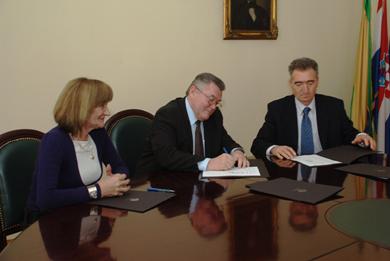 POŽEGA: Potpisani kolektivni ugovori za zaposlenike korisnika gradskog proračuna