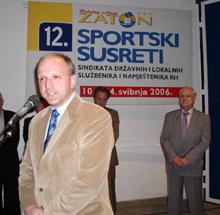 Zoran Pičuljan, pogleda uprtog u vedriju  budućnost zaposlenih u državnoj upravi