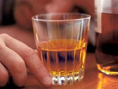 U Kaznionici Lepoglava odgovorni se protiv alkohola na radnom mjestu bore tako da vlastiti nos, odgovornost i procjenu pretpostavljaju vjerojatnosti da će baš službenik koji voli zaviriti u čašicu biti izvučen iz bubnja i upućen na alkotestiranje