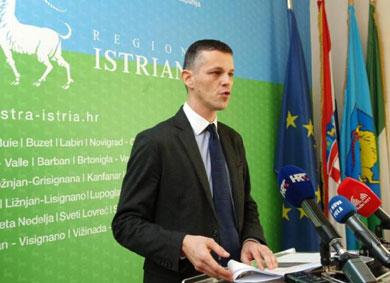 Flego najavio smanjenje plaća u Županiji i agencijama