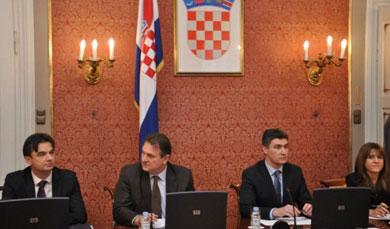 milanovic-cacic_politika+05