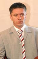 Zamjenik župana za društvene djelatnosti Ivan Peić potvrdio je predstavnicima Sindikata navod Ronkove tajnice da je županu pozlilo i da su ga odvezli. Jesu li to izmislili Ronkova tajnica i Peić ili im je tako naredio sam župan?
