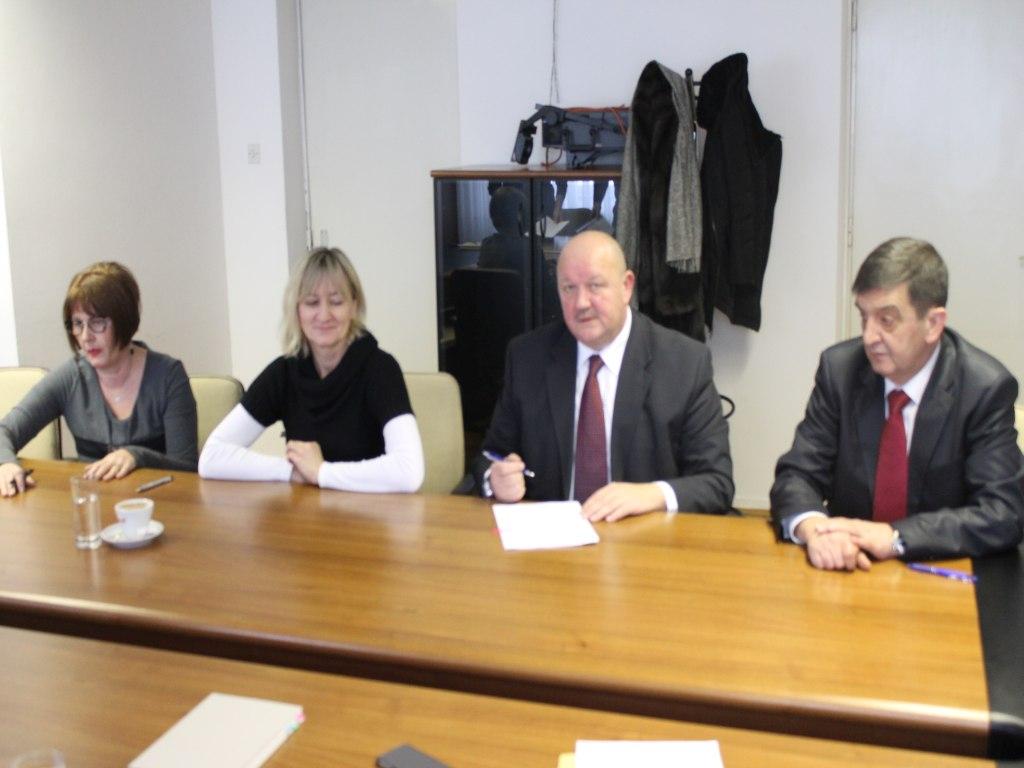 Potpisan kolektivni ugovor za Pleter-usluge