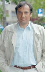 Nakon upućivanja prosvjeda tri sindikata zbog načina na koji je tretiran rad državnih službenika u emisiji Latinica, SDLSN-u se javio Željko Popović, predsjednik Nezavisnog sindikata Carine Hrvatske koji je najavio kaznenu prijavu protiv potpisnika prosvjednog pisma. Kao razlog prijave Popović navodi činjenicu da potpisnici prosvjeda nisu smjeli iznijeti broj članova NSCH, posebice stoga što se radi o netočnom podatku. Dakle, uskoro slijedi još jedna u nizu kaznenih prijava Željka Popovića...
