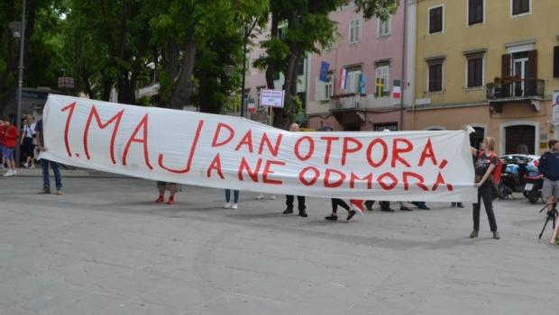 Na Trgu Portarata obilježen Međunarodni praznik rada