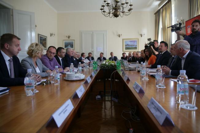 Županije od 1. siječnja preuzimaju dio poslova državne uprave