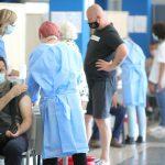 Uvjetovanje isplata plaća i mirovina cijepljenjem!?