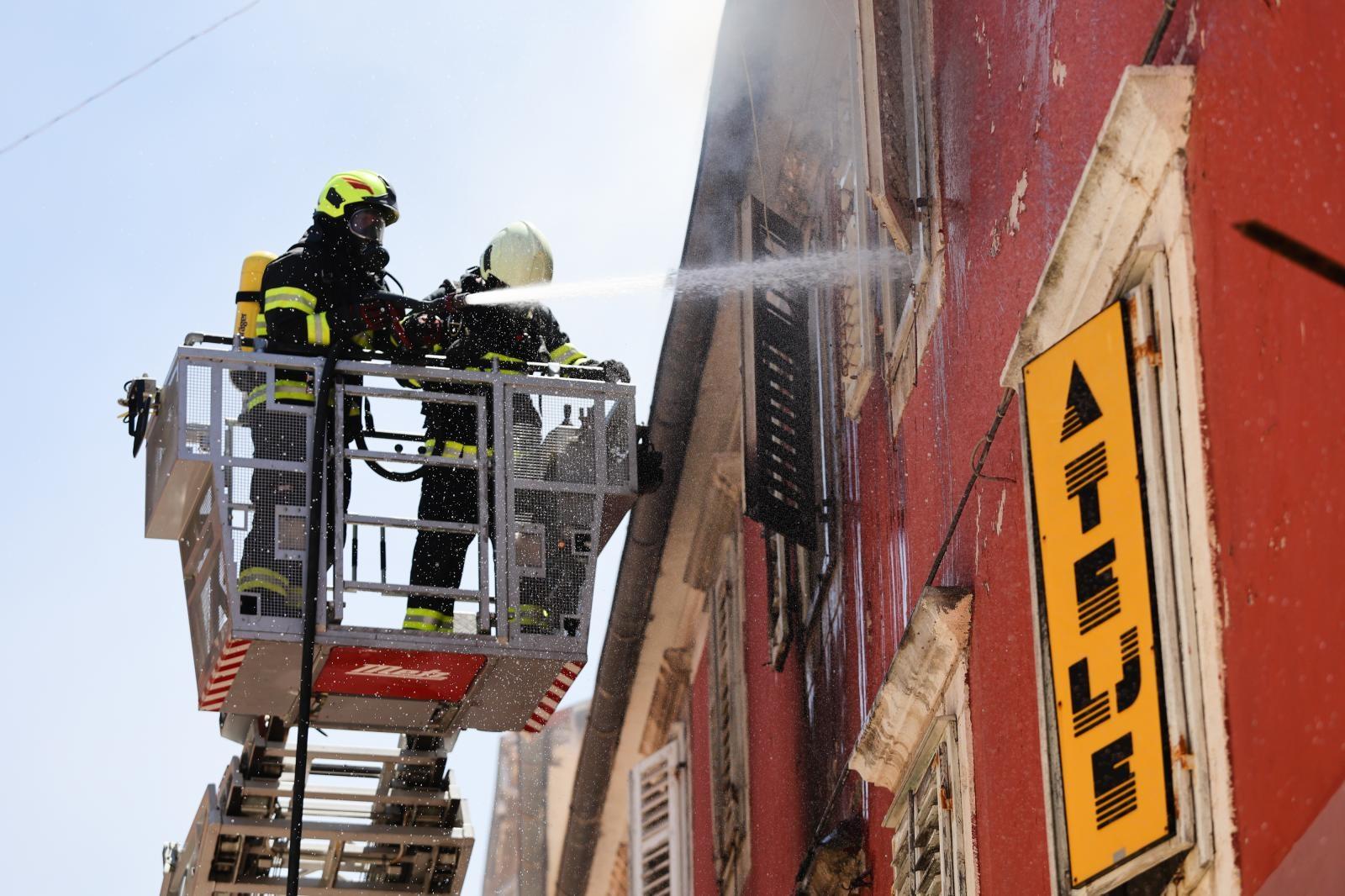 Hrvatskoj vatrogasnoj zajednici dostavljen usuglašeni prijedlog Pravilnika o koeficijentima složenosti poslova radnih mjesta