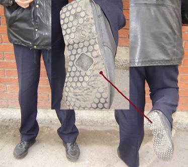 U iščekivanju bolje budućnosti hrvatski policajci muku muće s cipelama i jaknama koje puštaju vodu, a izvješća umjesto na računalima u klimatiziranim uredima pišu u hodnicima na pisaćim strojevima